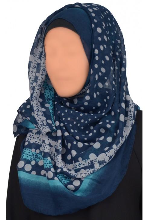 Hijab Zakia
