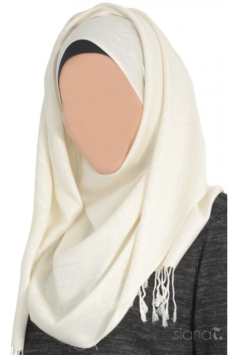Hijab Raye